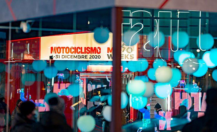 Evento in Piazza Gae Aulenti - Motoweeks